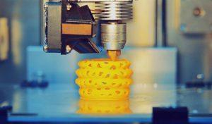 primeira impressora 3D - Impressora 3D FDM