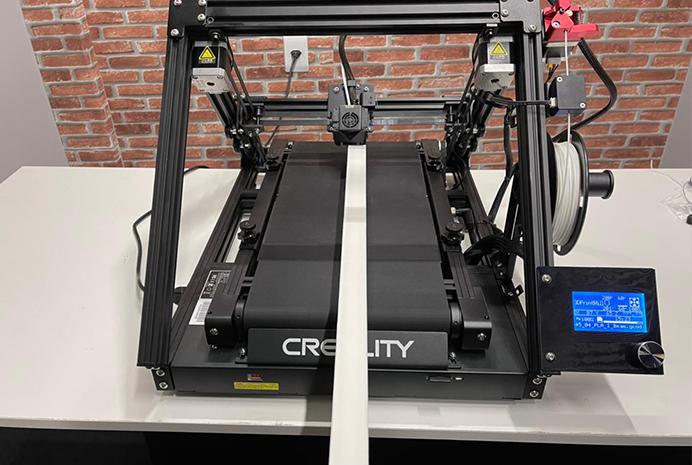 Impressora 3D infinita - imprimindo viga